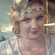 Vintage Gatsby styling hair and makeup